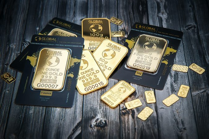 Gold holds above 1,800 and signals for another run